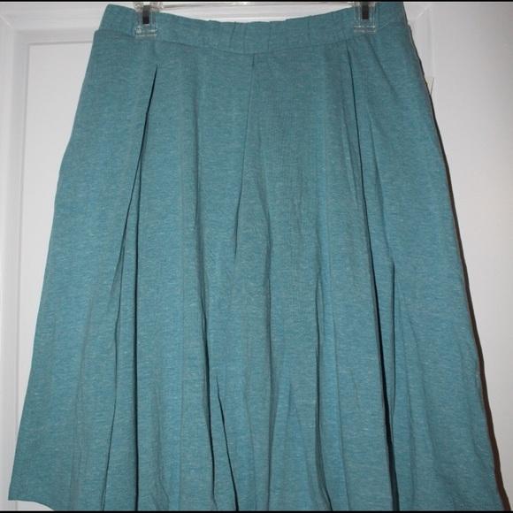 LuLaRoe Dresses & Skirts - 2XL Madison skirt with pockets! Heather Blue NWT